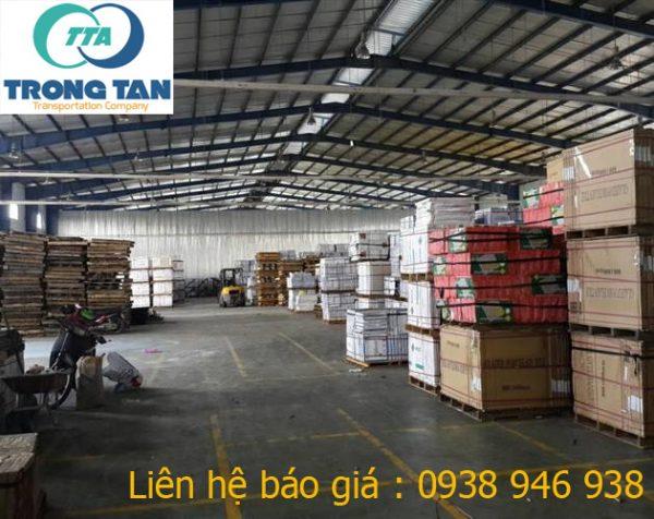Hệ thống kho phục vụ vận chuyển hàng hóa trong nước