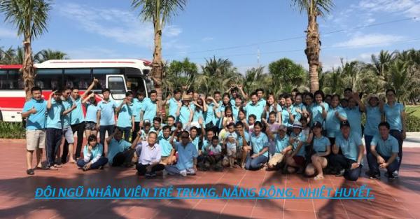 Đội ngũ nhân viên trẻ trung năng động đầy nhiệt huyết