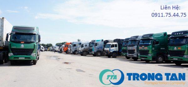 Xe chở hàng tại Hà Nội