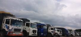 Đội xe chuyển hàng đi Quảng Bình