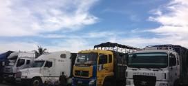 Đội xe tải chuyển hàng đi Nghệ An