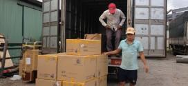 Đội xe chuyển hàng đi Hải Dương
