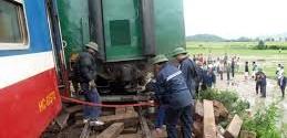 Tàu hàng trật bánh, đường sắt Bắc-Nam tê liệt hơn 3 giờ